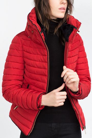 Red Anorak con Furry Collar