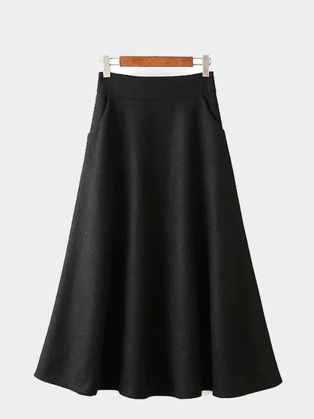 Black Woolen Skirt with Pocket