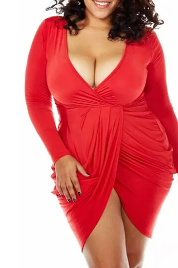 Red Plus Size Plunge Neck Mini-robe Wrap