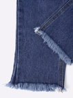 Embroidery Ripped Details Jeans With Middle Waist Design