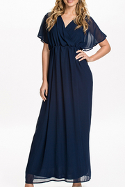 Plus Size V-Neck frisada Chiffon Maxi Dress