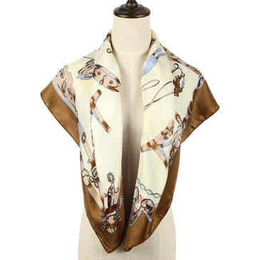 Square Scarf In Chain Print