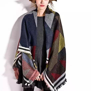 Geometrical Pattern Cape Scarf with Tassel Detail