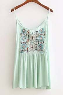 Bohemia Sleeveless Top with Embroidery Pattern