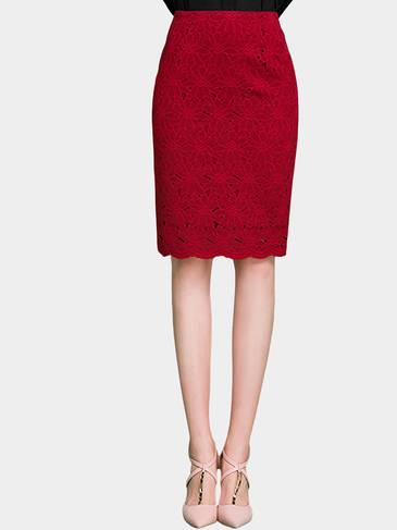 Burgundy High Rise Pencil Skirt In Floral Lace
