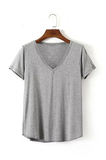 V-neck T-shirt in Grey