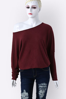 Lightweight Off Shoulder Bat Long Sleeves Loose Jumper In Burgundy