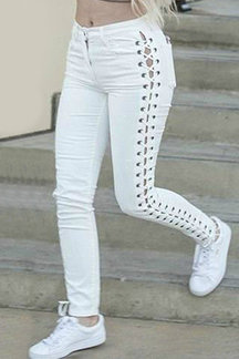 White Elastic Side Lace-up Tapered Denim Pants with Zipper Fastening