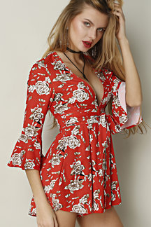 Sexy Random Floral Print V-neck Pleated Playsuit with Flared Sleeves