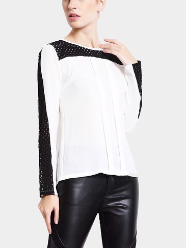 Long Sleeves Hollow Out Top with Front Pleated
