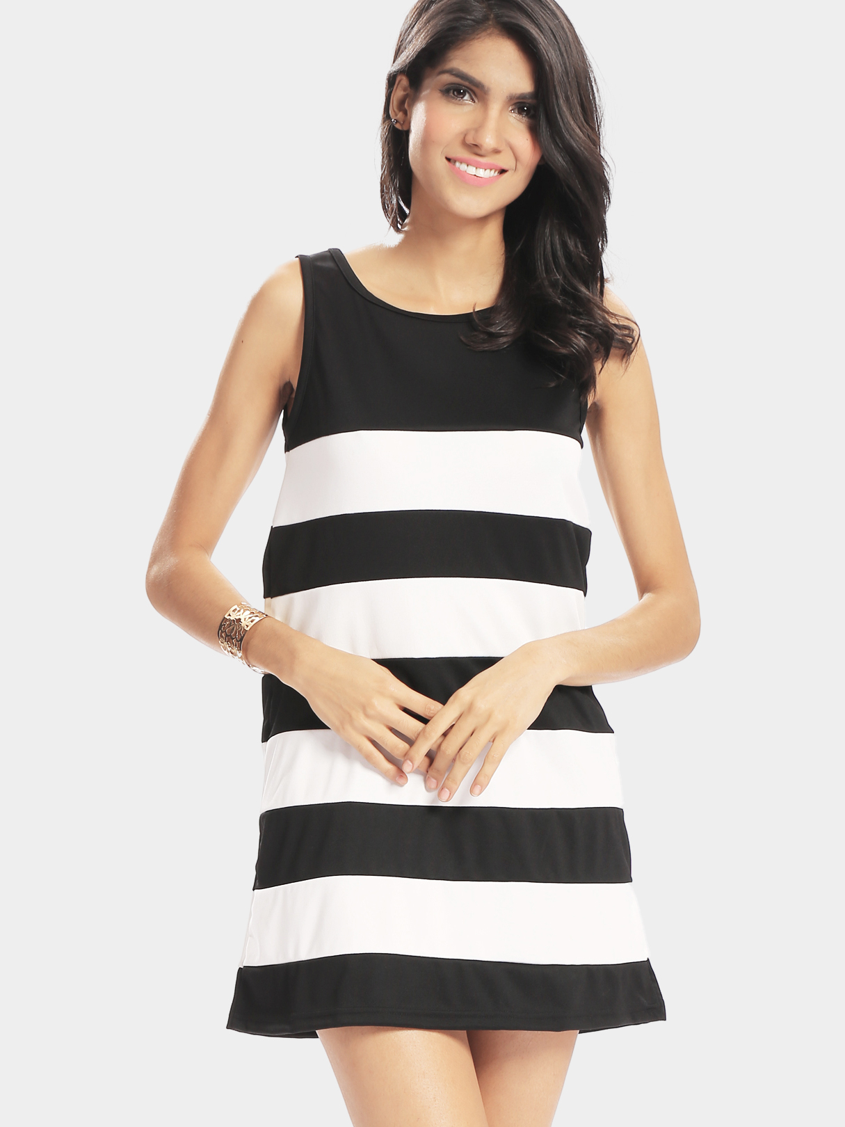 Loose Sleeveless Black and White Stripe Pattern Dress