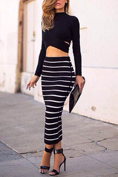 Sexy Crew Neck Hollow Midriff-baring Stripe Suits & Co-ords