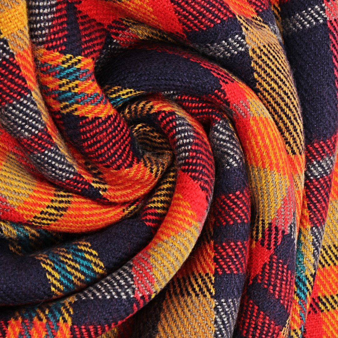 Check Wrap Scarf with Tassel Detail от Yoins.com INT