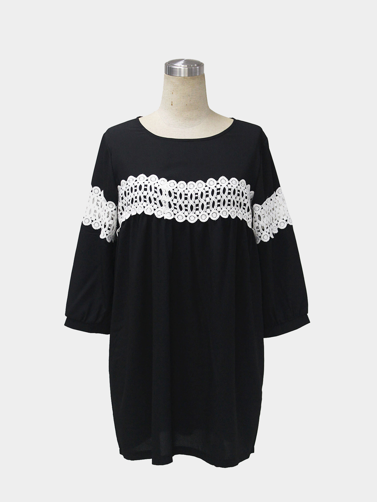 Stitching Loose Dress with Crochet Lace