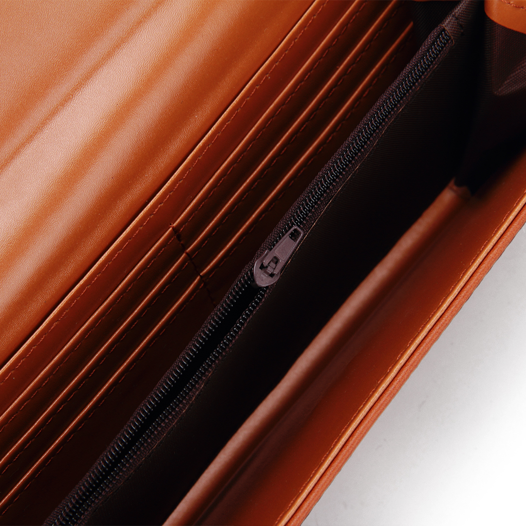 V Bar Foldover Leather-look Long Purse in Brown от Yoins.com INT