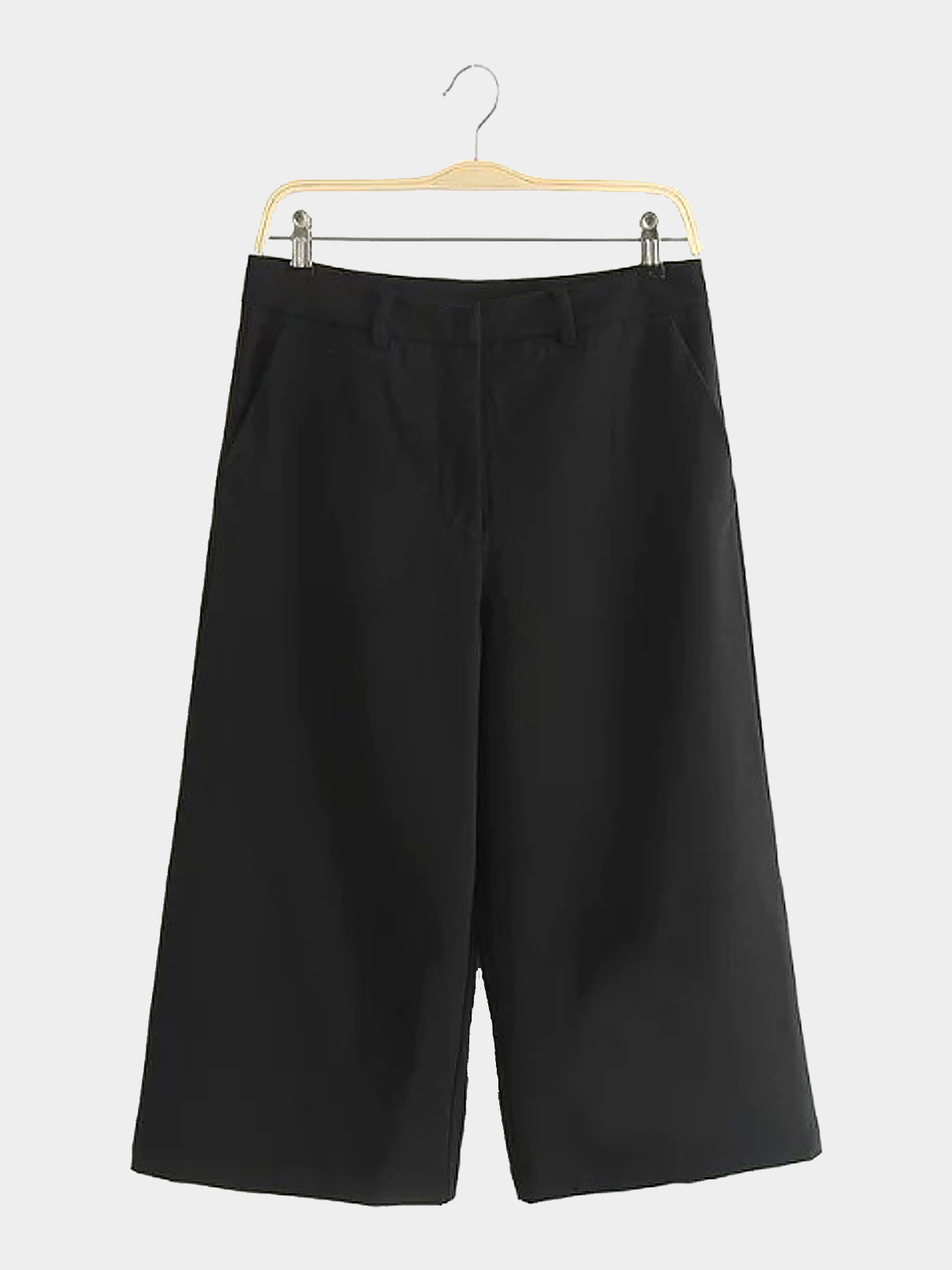 Wide Leg Cropped Trousers in Black