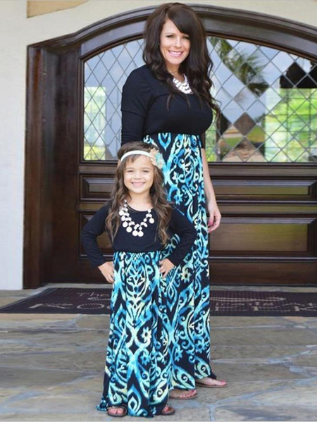 Mommy and Me Random Floral Print Stitching Matching Dress in Black