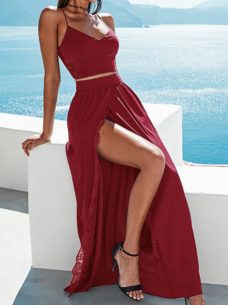 Opening Split with Lace Trim Maxi Skirts in Burgundy
