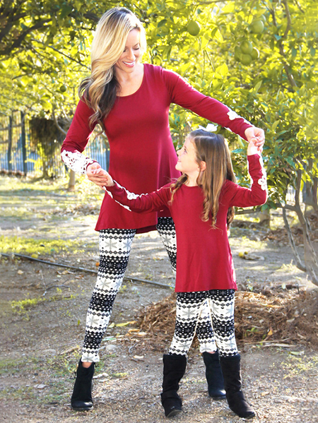 Kid Outfits Random Floral Print Christmas Leggings in Black and White