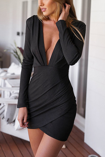 Black Plunge Ruched Long Sleeves Dress