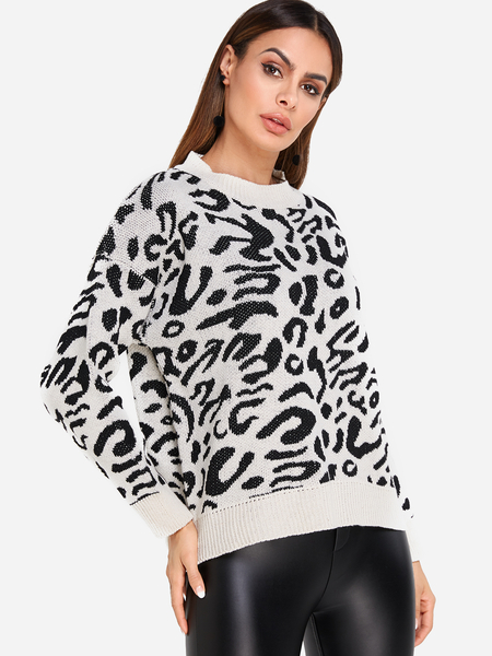 Leopard Print Crew Neck Long Sleeved Knit Pullover Sweater
