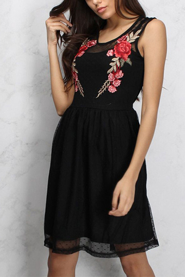 Black Rose Embroidery Pattern Patchwork Design Dress