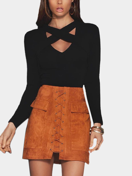 Black Crossed Front Body-con Cropped Top