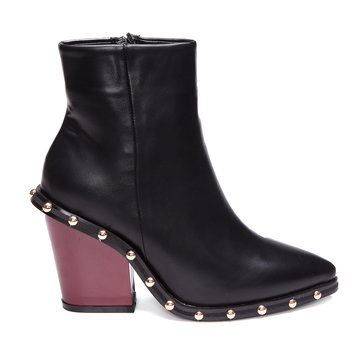 Black Rivet Embellished botas curtas com Zipper lateral