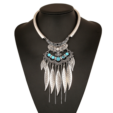 Vintage Silvery Plated Collar Necklace With Leaves & Tassels Pendant