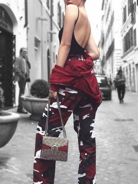 Active Camouflage Pattern High Waisted Sports Pants in Red