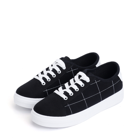Black Plaid Design Canvas Lace-up Sneakers