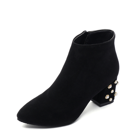 Black Rivets Design Side Zipper Ankle Boots