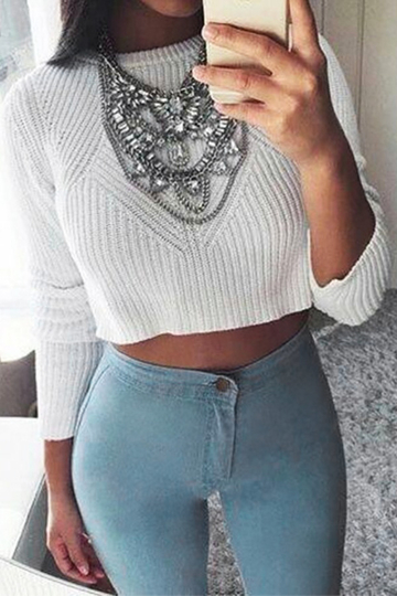 White Round Collar Long Sleeve Knitted Crop Sweater