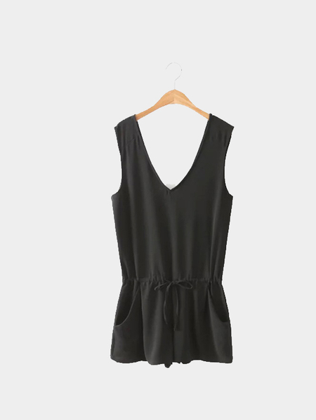 Black V Neck Sleeveless Playsuit with Self-tie