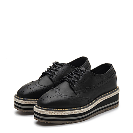 Black Layered Platform Carving Lace-up Shoes