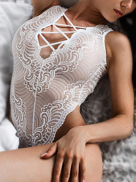 Branco Spaghetti Lace-up Sheer Lace Deep V Neck Teddy Bodysuit