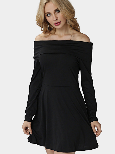 Black Off Shoulder Bodycon Hem Pleats Dress with Long Sleeves