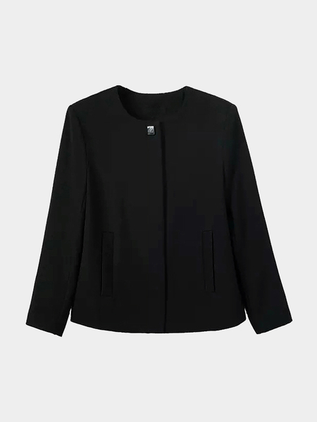 Crepe Blazer in Black