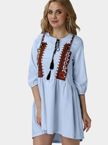 Boho Embroidery Pattern 3/4 Longueur Manches Tassel and Pleats Details Dress