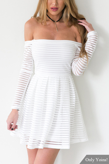 Blanc Off The Shoulder Mini-robe à manches longues