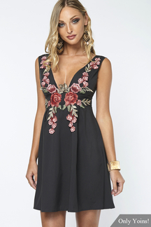 Black Deep V-neck Sexy Rose Embroidery Zipper Cami Dress