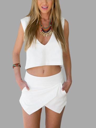 White Simple V-garganta Open Back Top & Asymmetric Skorts