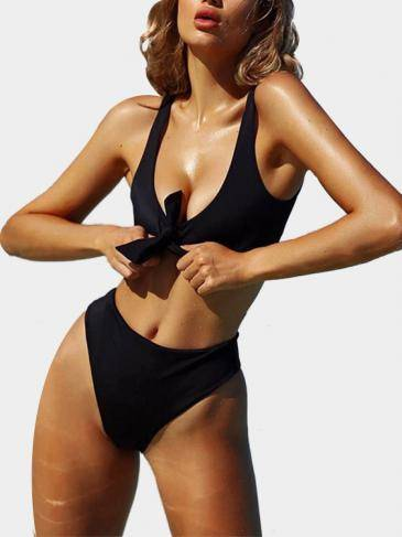 Knot at Front Two-piece Bikinis Set in Black