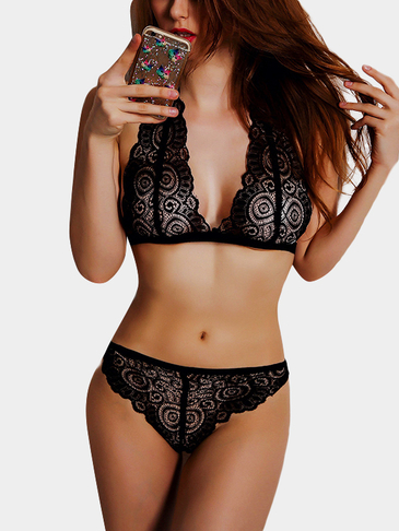 Black Lace Details Sexy No Falsies Lingerie Set