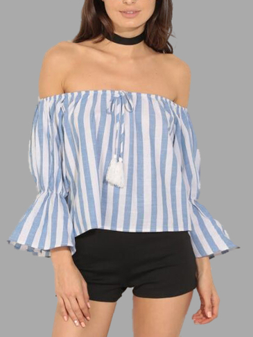 Stripe Pattern Off shoulder T-shirt
