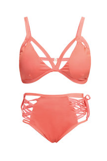 Solid Color Einzigartiges Design Strappy Bikini Set