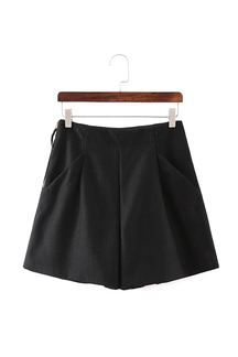 Wide Leg Shorts in schwarz