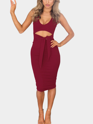 Bodycon Low V-neck Cutout Waist Midi Dress in Burgundy