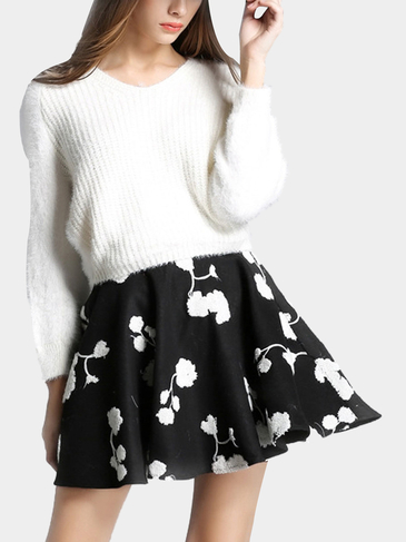 White V-neck Bat Sleeve Sweater