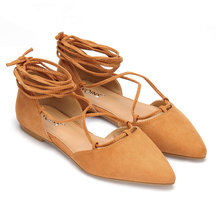 Suede Lace-up Flats en Marrón
